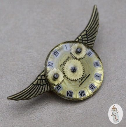 broche cadran ailes la Manufacture de Lady S. bijoux Steampunk