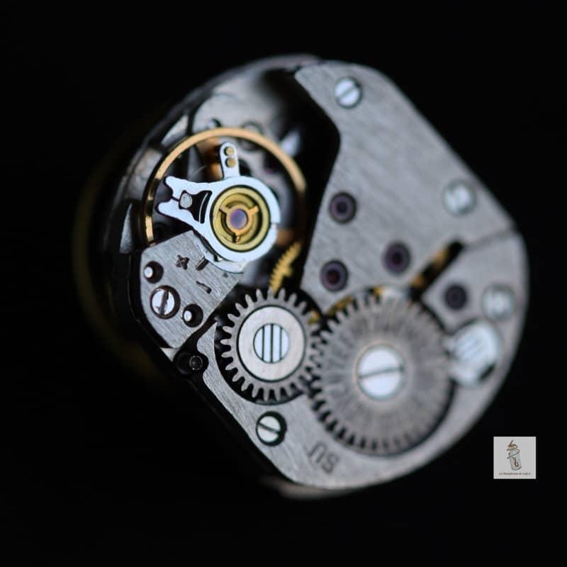 pin's mécanisme rectangle